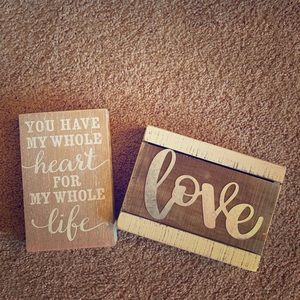 Love Signs- Decor